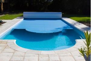 Żaluzje basenowe